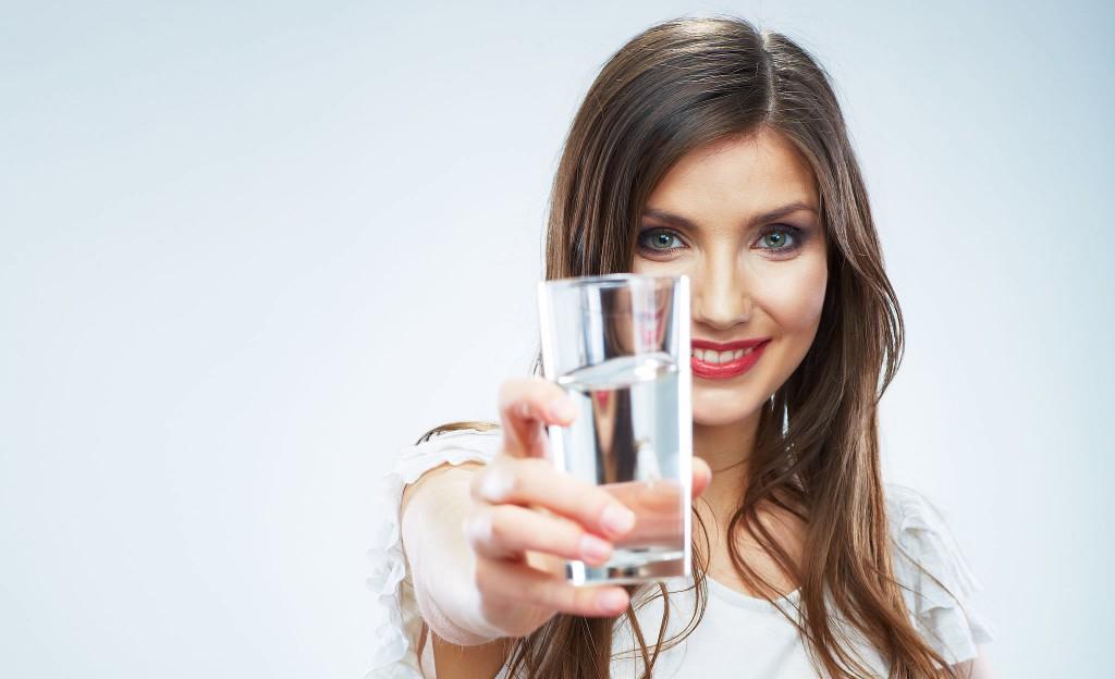 su-içme-sıvı-tüketimi